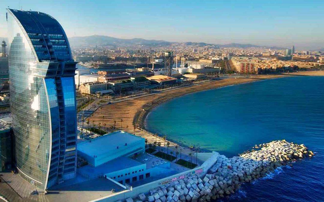 Addio al celibato sulla spiaggia di Barcellona